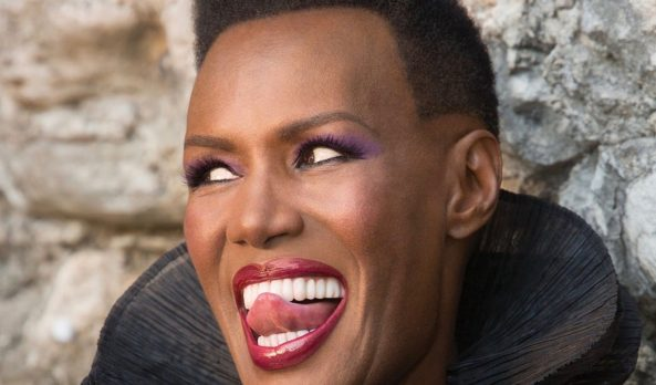 GRACE JONES RECEIVES THE VOICE OF A WOMAN AWARD 2017